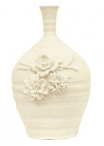 vaza cu flori delicate