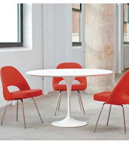 Masa rotunda lalea Saarinen
