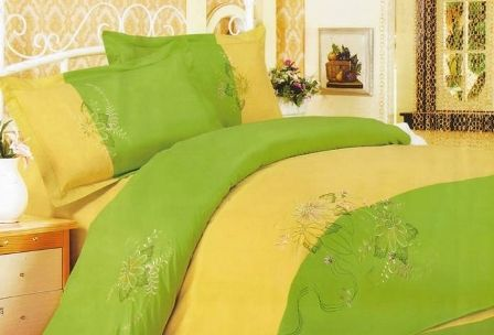 25% reducere la lenjerie de pat din bumbac brodate