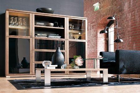 Masa din lemn de nuc cu picioare metalice