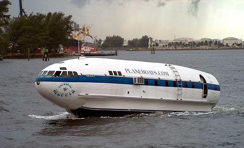 vaporul avion sigur e oatractie pentru turisti