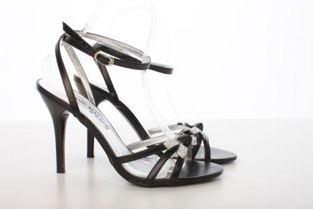 Sandale negre din curele subtiri lacuite