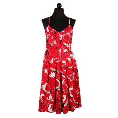 Rochie cu petale de trandafiri