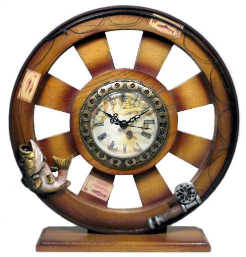 Ceas de masa cu elemente pescaresti