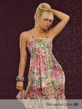 Rochie cu un design tineresc