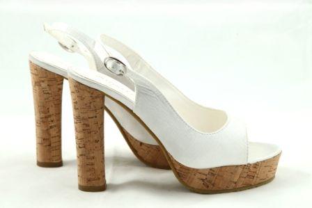 Sandale albe cu platforma Amira - 59 lei