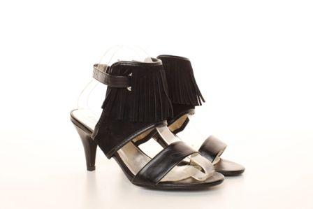 Sandale negre Country Style cu toc mediu - 49 lei