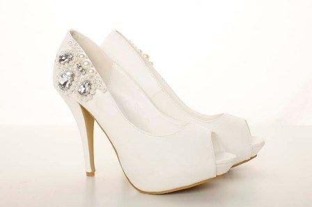Pantofi albi cu toc de 10 cm
