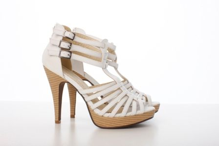 Sandale cu platforma albe Claudia - 69 lei