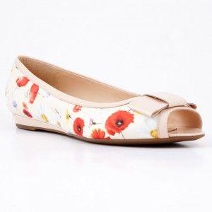 Pantofi Geox bej cu flori, din material textil