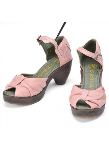Cubanas, Leather Pale Pink Leaf Sandals