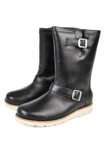 UGG® Australia, Man Carnero Black Leather Boots