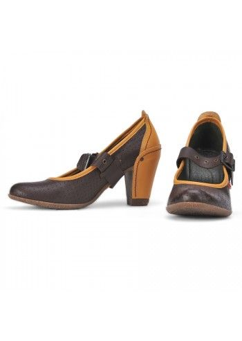 Cubanas, Brown Mary Jane Leather Shoes