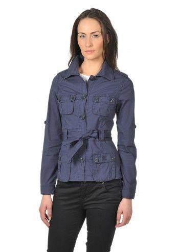 jacheta de culoare albastru bleumarin Calvin Klein