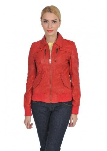 Jacheta rosu inchis, realizata din piele
