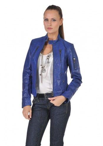 Jacheta din piele, de culoare albastra