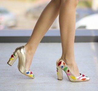 pantofi-lips-aurii