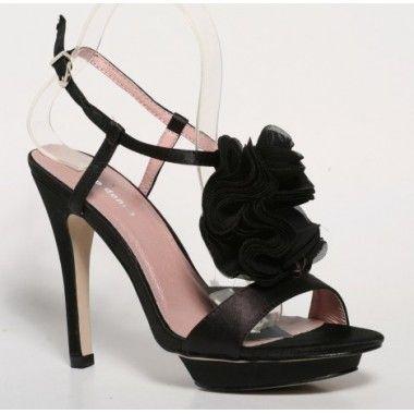 Sandale negre cu platforma din material satinat