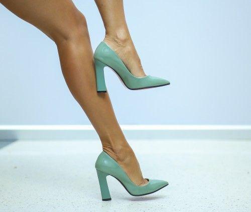 Pantofi cu toc verde turcoaz