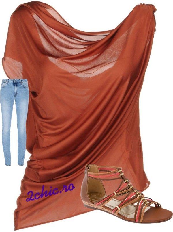 Bluza maro, skinny jeans si sandale maro