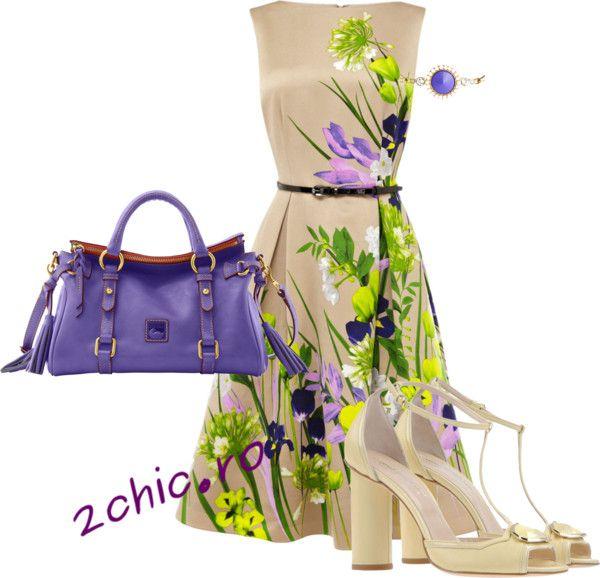 Rochie casual inflorata, geanta mov, sandale crem, bratara mov