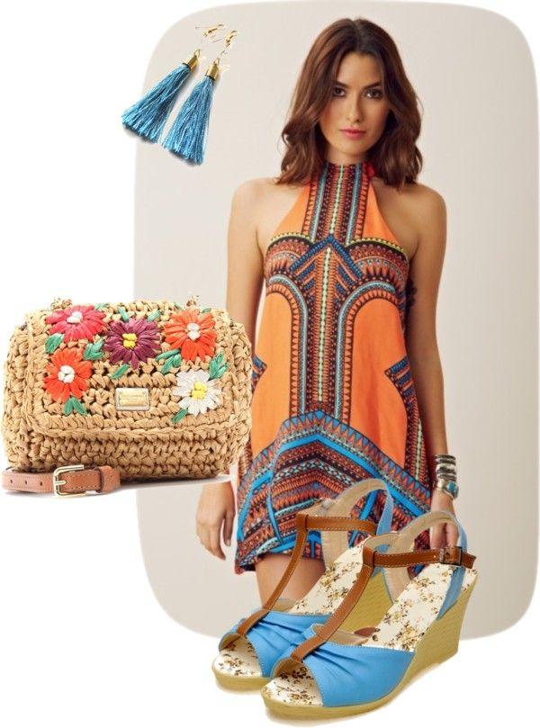 Tinuta boema formata din rochie, sandale, poseta, cercei