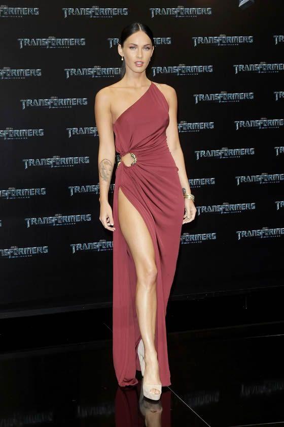 Megan Fox in toga visiniu