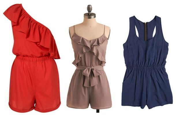 Alegere fashion de vara, salopeta scurta