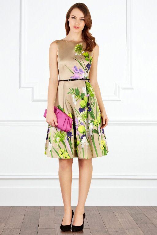 rochie-de-primavara-paste-cu-flori-imprimate