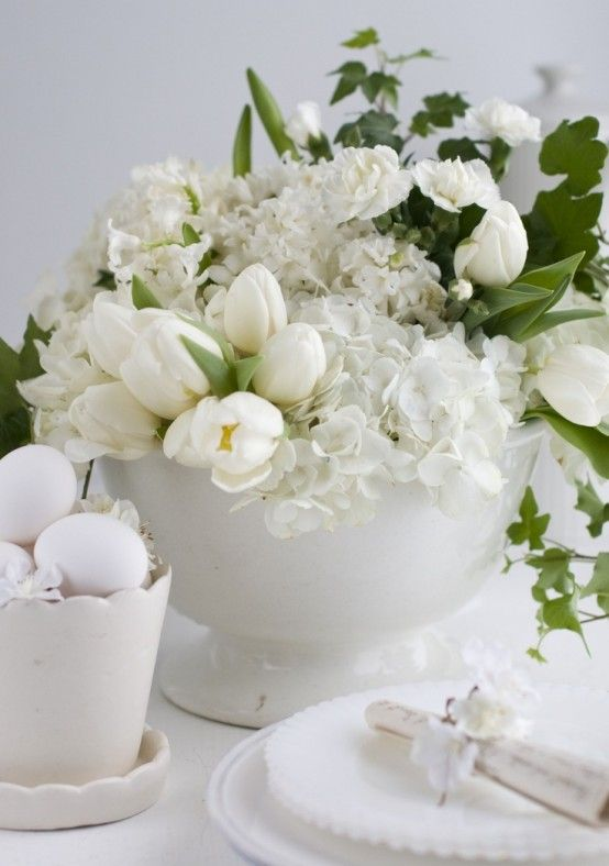 masa-decorata-cu-alb