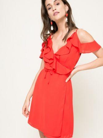 10 rochii minunate de purtat in aceasta vara